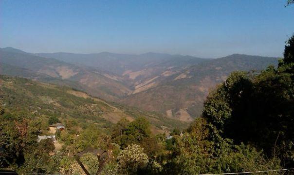 Wzgórza w stanie Chin. Fot. Życie w tropikach